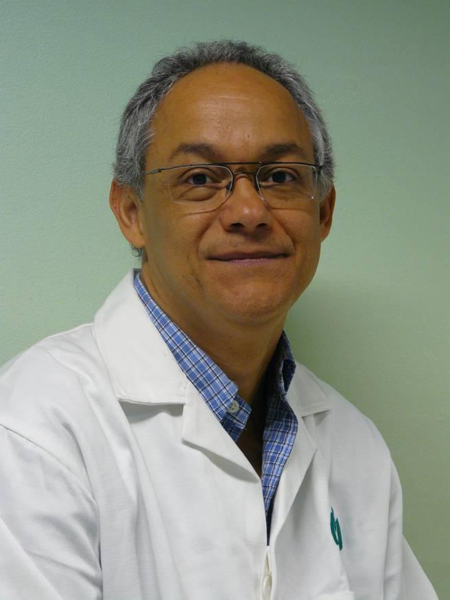 Dr. Juan E. Ludert León